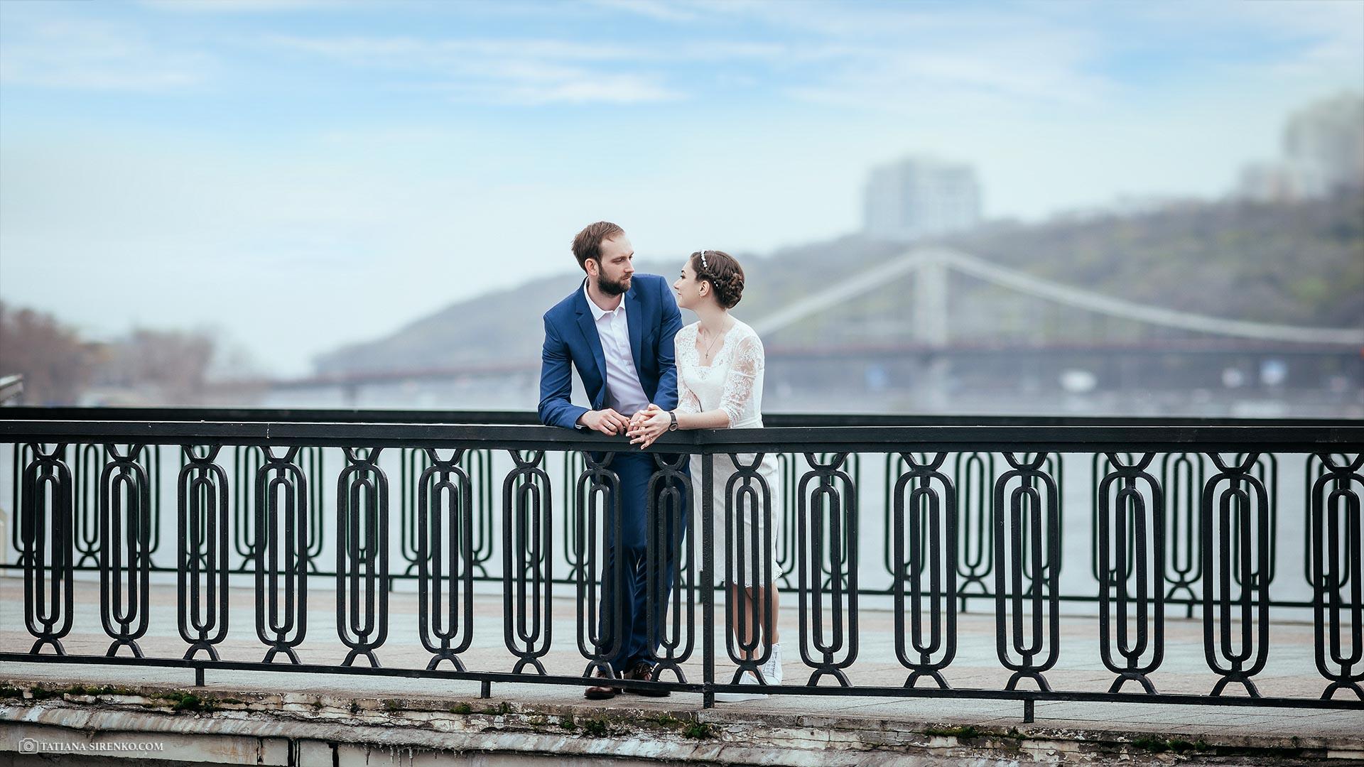 Свадебная прогулка на набережной Киев