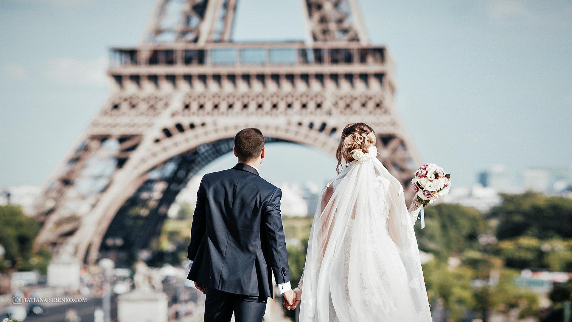 Фотосессия в Париже у Эйфелевой башни