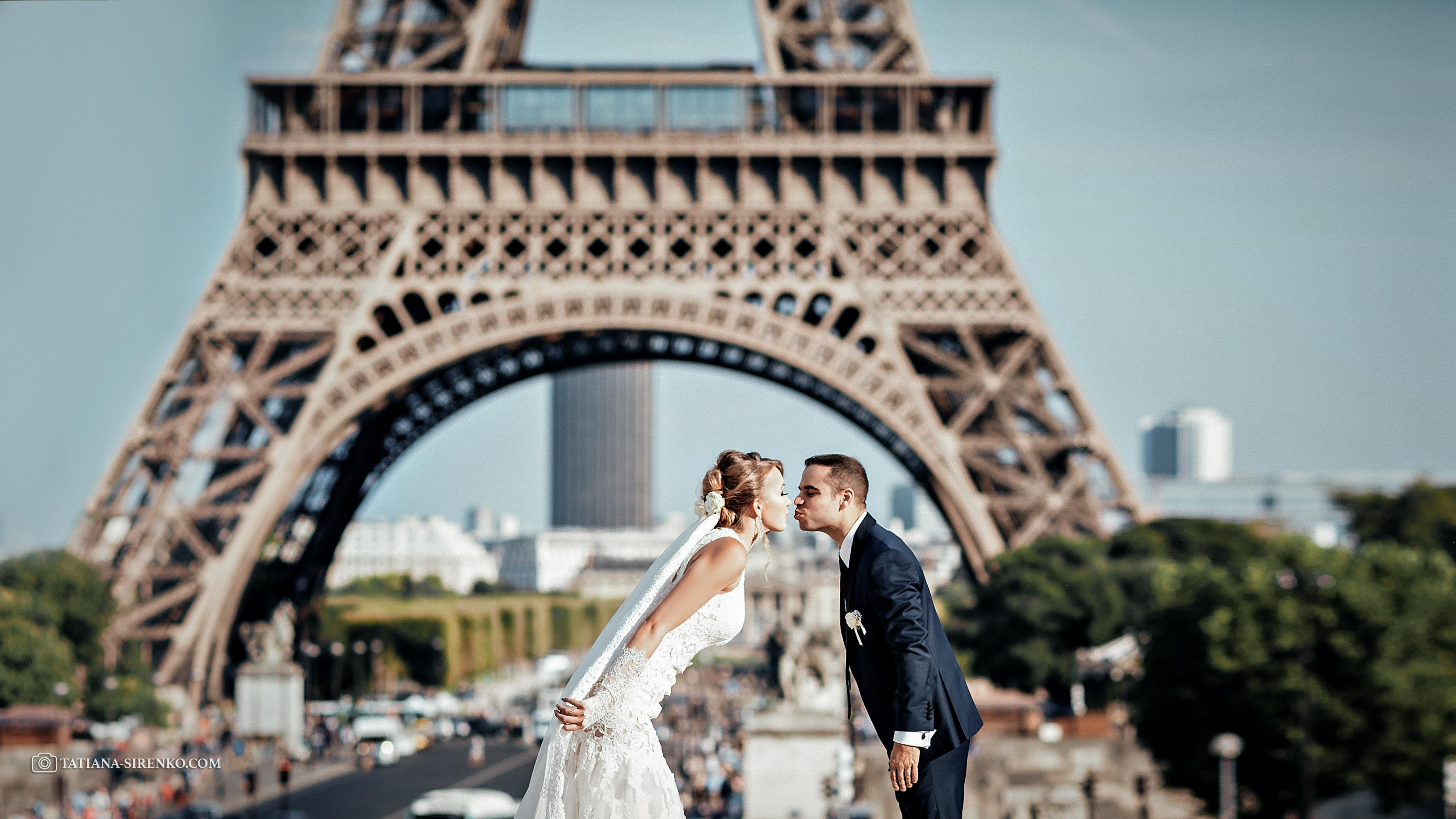 Свадебное фото Эйфелева башня