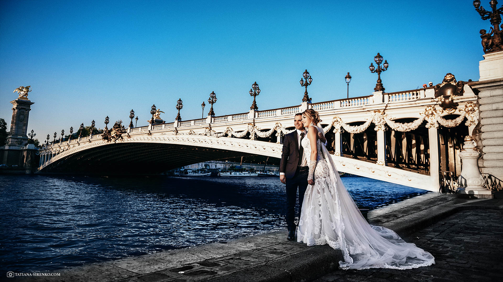 Услуги фотографа на свадьбув Париже