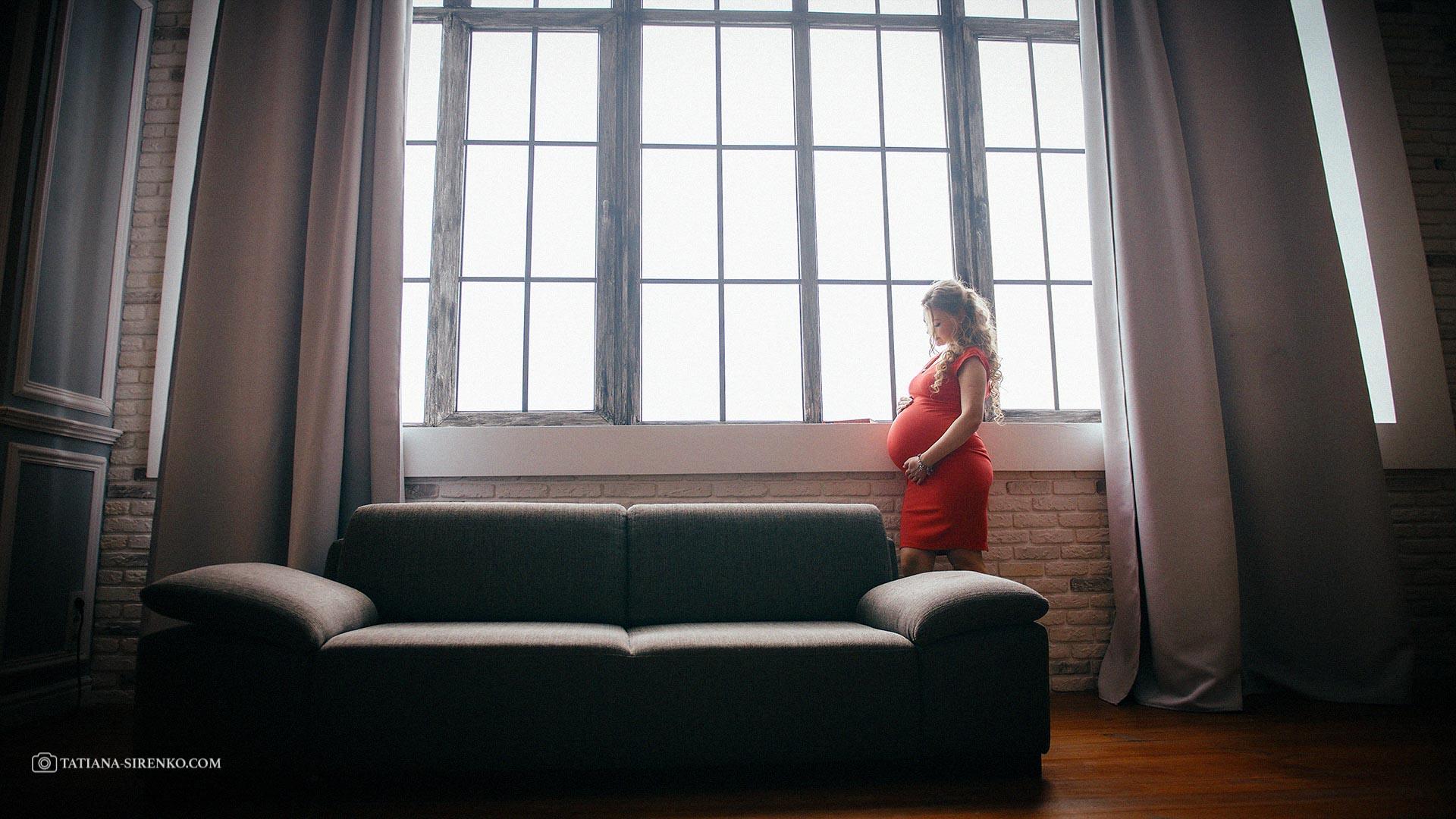 Фотосьемка беременности в студии