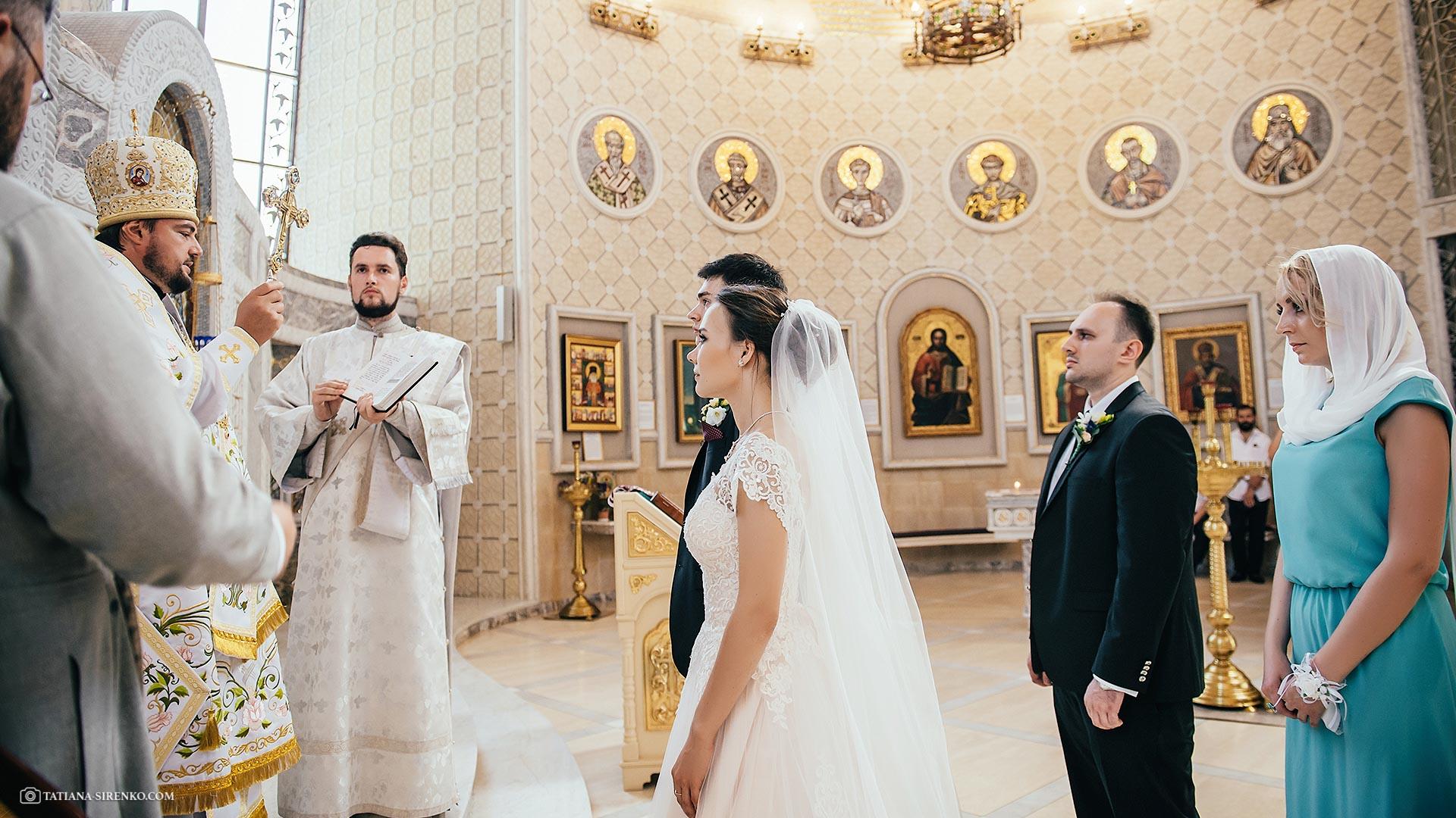 Профессиональная фотосъемка венчания