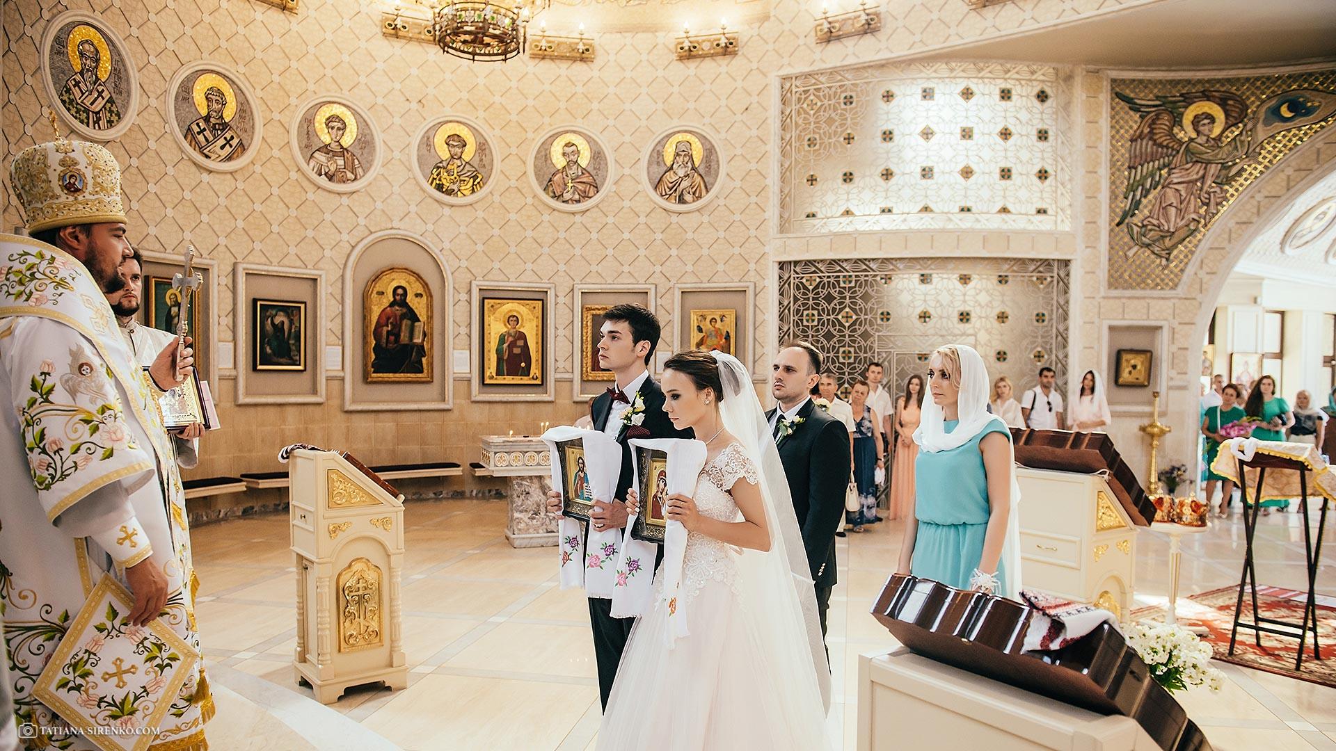 Венчание в монастере