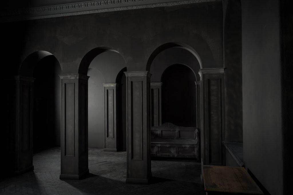 F11-studio-room-gothic-03-1024x682