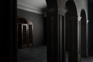 F11-studio-room-gothic-05-1024x682