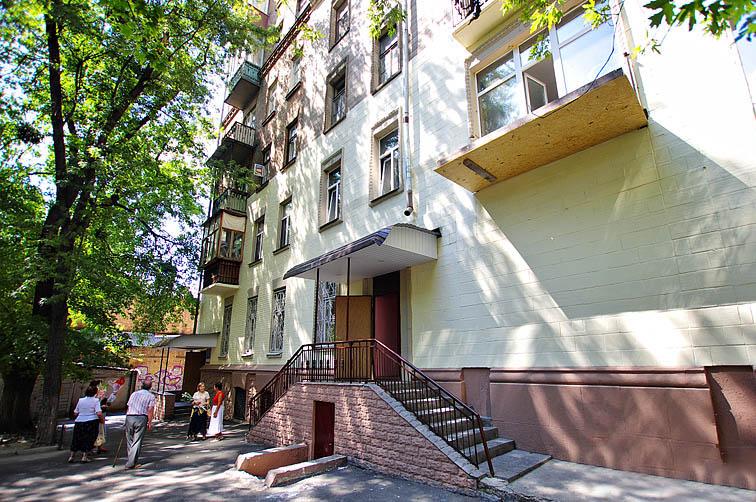 goloseevskiy_fasad
