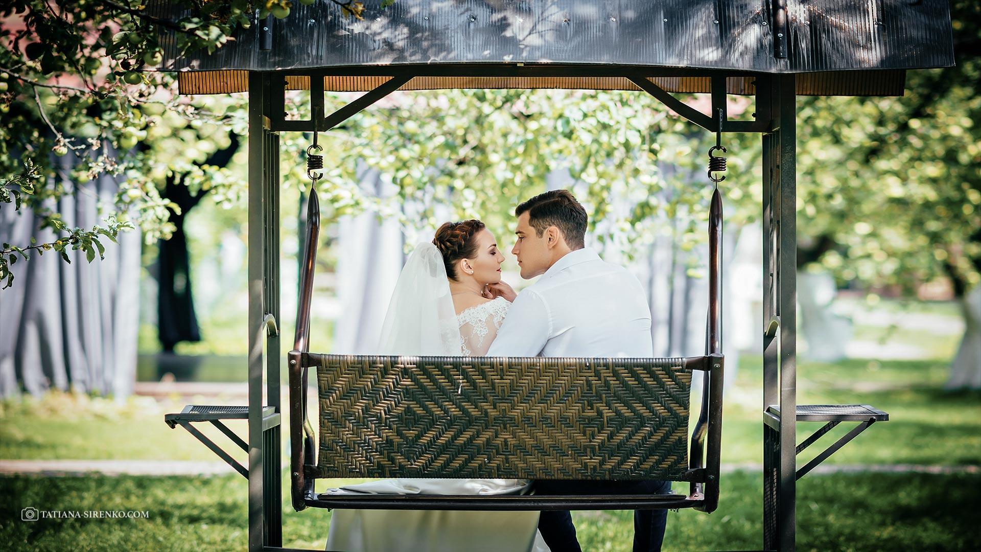 Фотосъемка свадьбыв саду